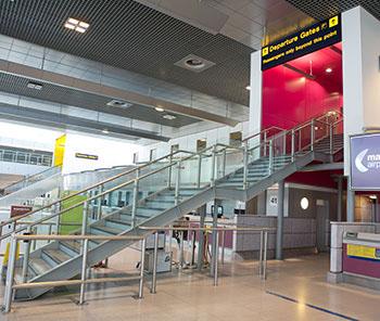 Travelex Exchange In Manchester Airport Terminal 2